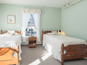 women recovery home in Camden Maine